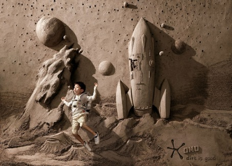 18-ton-Sand-Sculpture-Backdrops-by-JOOheng-Tan